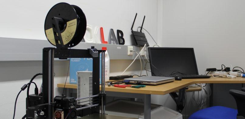 Kouvola Hacklabin työtilan varustelu on valmistunut