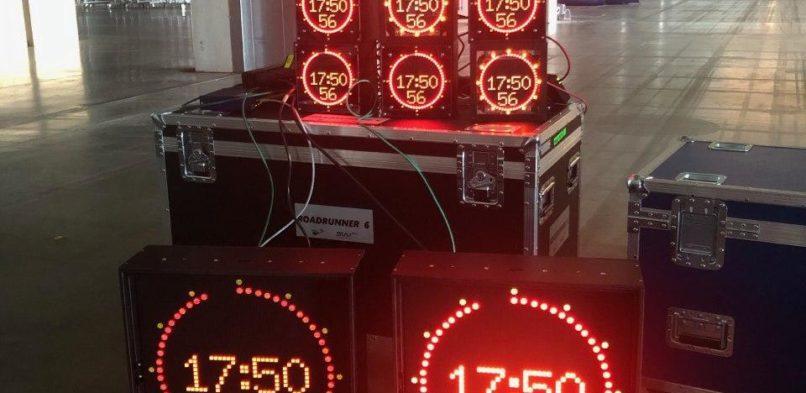 Clock-8001 tapahtumatuotantoajastimen kehitys FUUG:n tuella